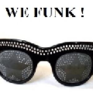 Radio radio-station-w-e-f-u-n-k